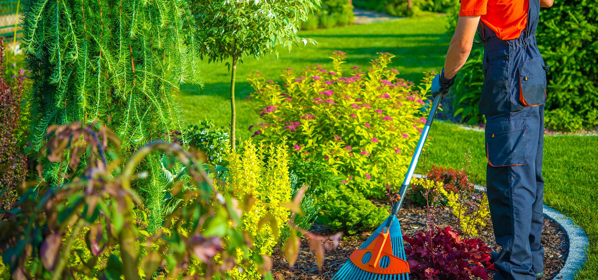 Var propret entreprise de nettoyage m nage et for Travaux entretien jardin